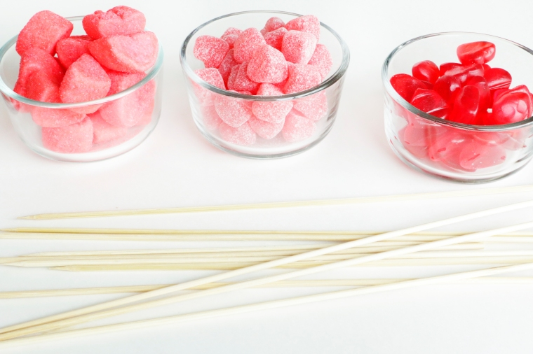 Valentine's candy sticks on theothersideofnat.com
